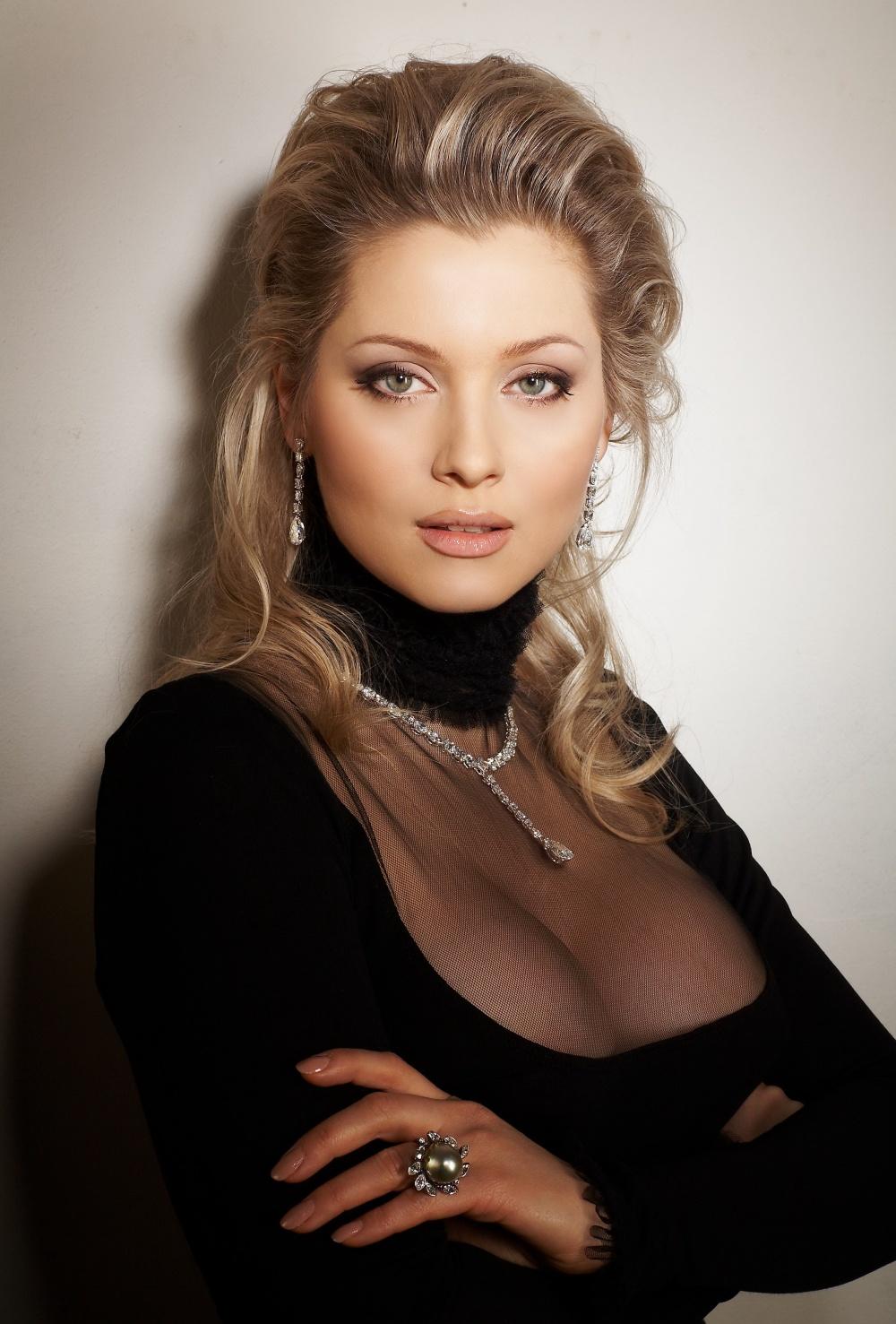 Голая певица ведущая Лена Ленина фото эротика картинки