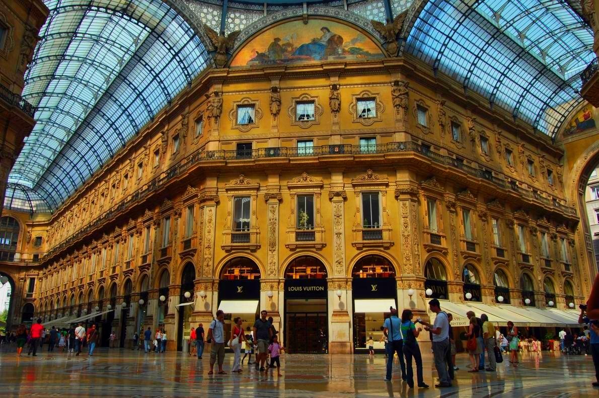 Milan the city of fashion 90