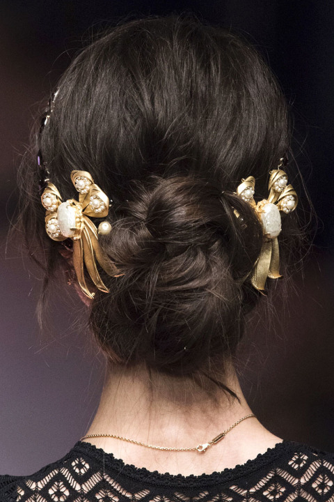 hbz-fw2015-hair-trends-the-bun-dolce-e-gabb-clpa-rf15-3061