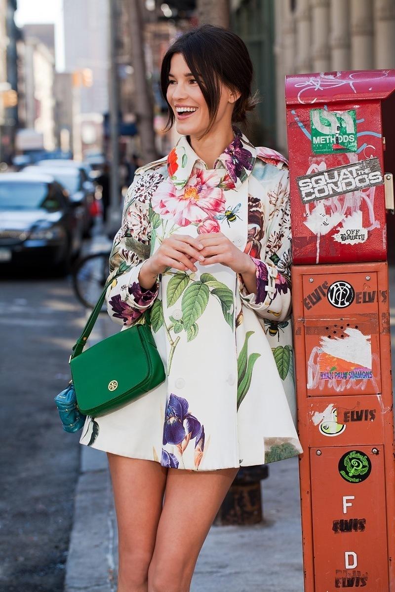 big_green_bag_and_floral_tumblr