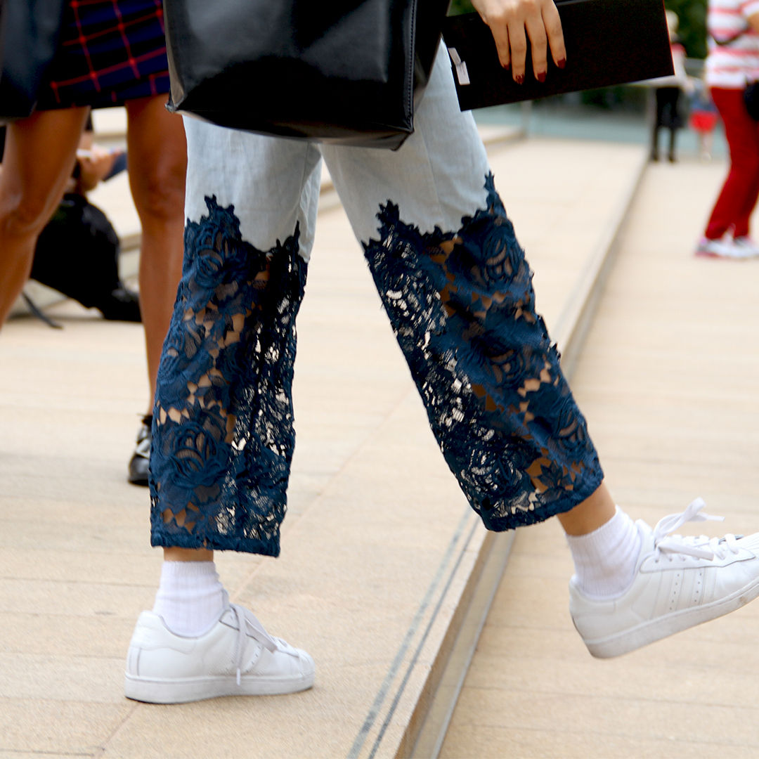 streetstyle_nyfw_denim_lace_pants