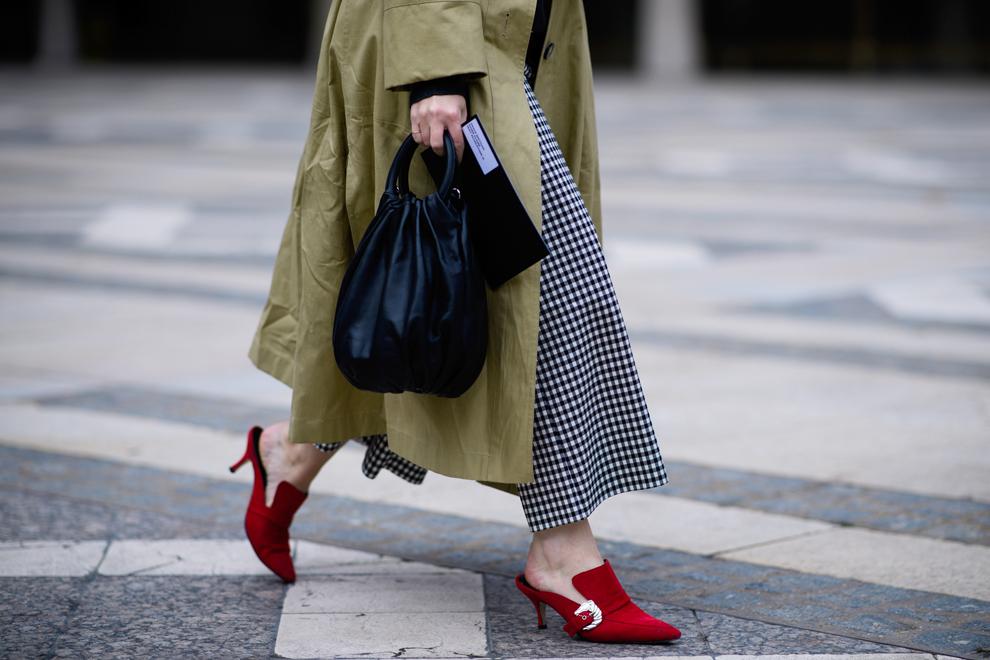 Что носить осенью: 3 вещи для базового гардероба