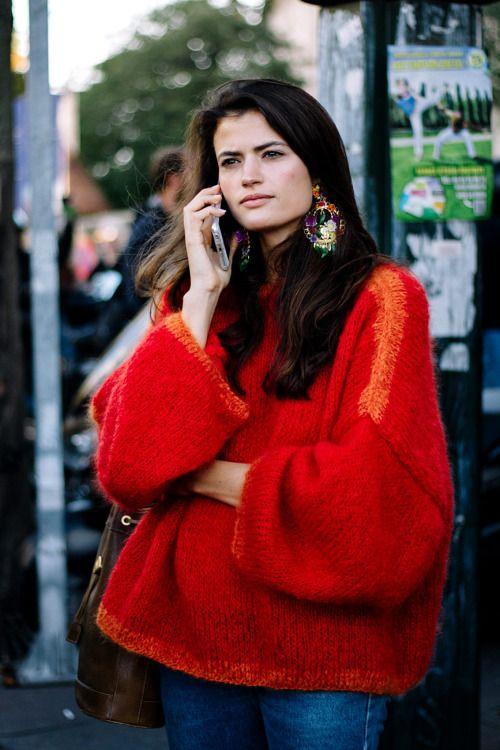 яркий зимний образ, яркий свитер, модный свитер