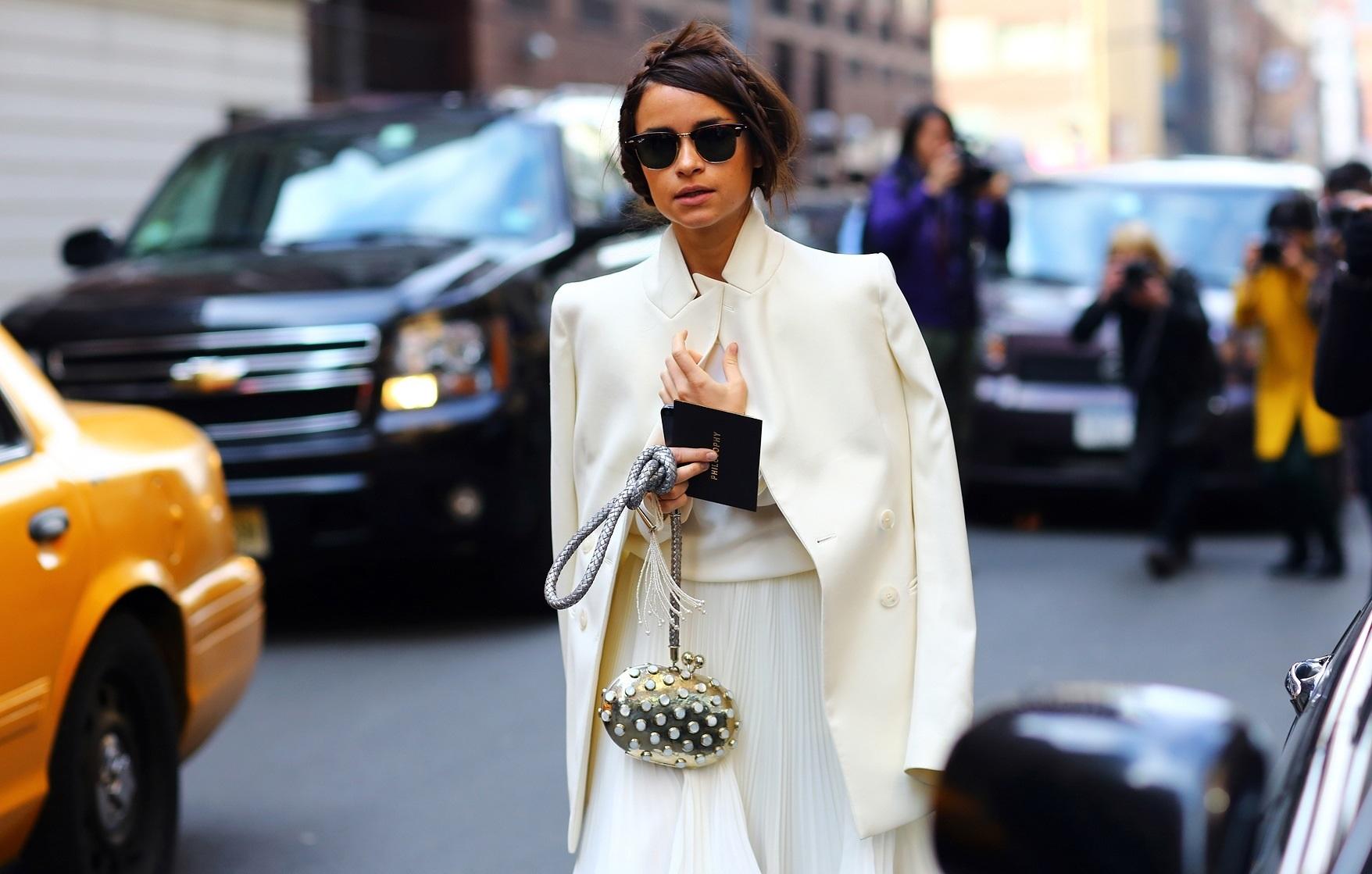 Оттенки белого цвета. Как их носить летом?