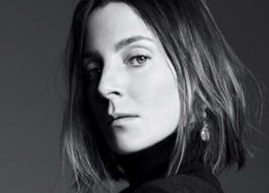 Стиль для женщин 40+: лаконичные образы Фиби Файло
